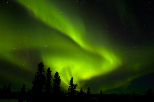 0809-carrington-flare-solar-storm-aurora_full_600